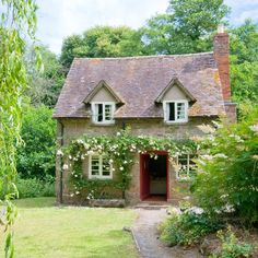 40 best small english cottage images future house bedrooms diy rh pinterest com