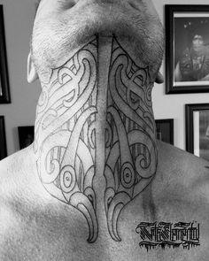 Side Neck Tattoo, Neck Tattoo For Guys, Tattoos For Guys, Best Neck Tattoos, Future Tattoos, Tribal Arm Tattoos, Body Art Tattoos, Tatoos, Maori Tattoo Designs