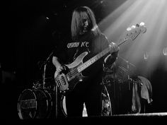 URIAH HEEP Trevor Bolder on the Bass Skegness 30 Jan 2011 | Flickr - Photo Sharing!