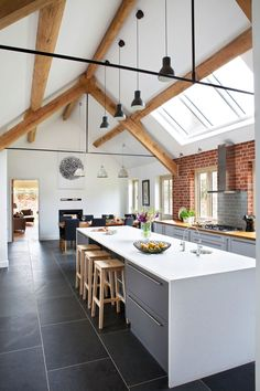 glancy-barns-kitchen-island