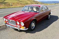1970 Jaguar XJ6 Series Maintenance/restoration of old/vintage vehicles: the material for new cogs/casters/gears/pads could be cast polyamide which I (Cast polyamide) can produce. My contact: tatjana.alic@windowslive.com