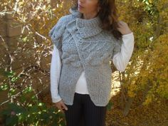 Please don't buy it, until i have decided whether i want it! Maternity Cardigans, Merino Wool Sweater, Sweater Cardigan, Hot Clothes, How To Make Buttons, Hot Outfits, Winter Season, Textures Patterns, Hand Knitting