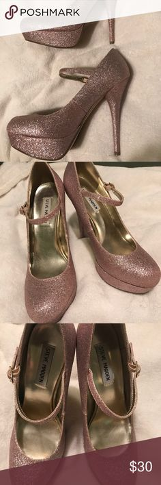Steve Madden Pink Glitter Mary Jane Heels Closed toe, platform, pink glitter Steve Madden heels. Worn once! The inside sole/padding is beginning to come loose in the right shoe. Steve Madden Shoes Heels