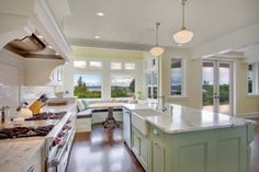 Kirkland Tanditional traditional kitchen - colored island