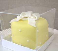 Resultado de imagem para mini bolo para a pascoa