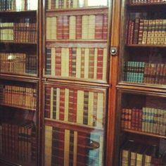 Found a hidden door in the Enlightenment Gallery at the British Museum.