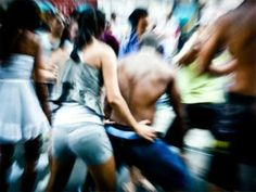 Nesta segunda, 24 de fevereiro, o bloco APAFUNK faz seu último ensaio antes do Carnaval. Ao som de muito funk antigo e atual, a Associação dos Profissionais e Amigos do Funk, criada em 2009, se apresenta no Centro de Teatro do Oprimido, na Lapa.  Vale comprar a camisa para ajudar nas despesas com o desfile, o qual acontece dia 7 de março, às 18h na Rua da Carioca. O evento é gratuito.