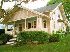 Charming Craftsman Style Bungalow in Historic Black Rock $459,000 295 Gilman Street, Bridgeport (Black Roc...