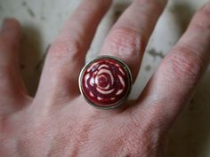 Rose ring with elevated bezel. $44.00, via Etsy.