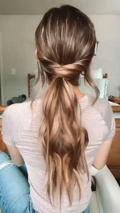 Easy Hairstyles For Long Hair, Pretty Hairstyles, Long Hair Dos, Running Late Hairstyles, Long Ponytail Hairstyles, Everyday Hairstyles, Medium Length Curled Hairstyles, Summer Hairstyles, Hairstyles For Nurses