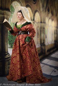 gown medieval 15th - søkeresultater fra AVG Yahoo