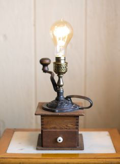 Vintage Wood Coffee Grinder Lamp Vintage Lamps, Vintage Wood, Touch Lamp, Wooden Lamp, Vintage Coffee, Lampshades, Lighting Design, Table Lamp, Bulb