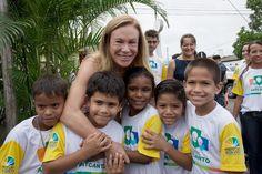 Teresa Surita recebe crianças do Coral Artcanto #teresasurita #boavista124anos #aniversarioboavista