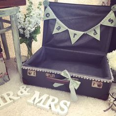 Set Up Ideas For Weddings... Lots Of Sign/Prop Options Available... Contact Us Now... #Love #Sign #Prop #Wedding #Vintage #Mr #Mrs #Bride #Groom :) xxx