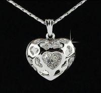 (3002) 3D Swarovski Element Heart Pendant in SILVER  FREE P&P with PAYPAL  www.nettysnicknacks.co.uk