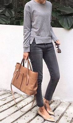 Classy work outfit ideas for sophisticated women 11 casual chic outfits, casual chic fashion, Classy Work Outfits, Work Casual, Jeans Outfit For Work, Grey Jeans Outfit, Casual Fridays, Grey Pants, Smart Casual, Brown Flats Outfit, Casual Office Outfits