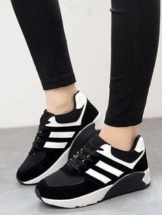 the best attitude 03bc9 d9cb0 Сохранённые фотографии   354 фотографии Black Sneakers, Adidas Sneakers,  Black Shoes, Shoes Sneakers