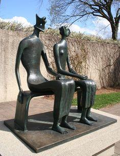 Henry Moore, King and Queen, sculpture garden DC Art Sculpture, Modern Sculpture, Bronze Sculpture, Sculpture Garden, Metal Sculptures, Abstract Sculpture, Maya Art, Henry Moore Sculptures, Arte Yin Yang
