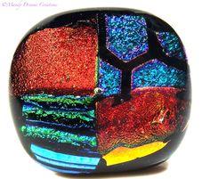 Bague verre dichroïque multicolore brillant ,géométrique, fait main,pièce unique : Bague par mandy-dreams-creations