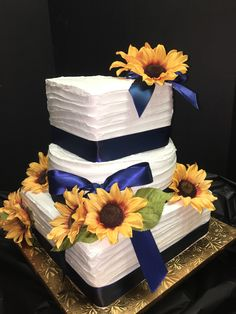 Wedding Cake 115 - Rustic Lined with Silk Sunflowers - Mueller's Bakery Sunflowers, Wedding Cakes, Bakery, Rustic, Silk, Wedding Gown Cakes, Country Primitive, Cake Wedding, Retro
