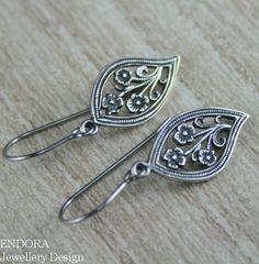 Silver earring Leaf