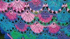Beautiful pattern in crochet shawl to learn .. free standard - Crochet Works