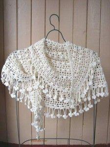 una capa de crochet para boda