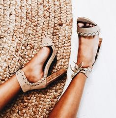 Outfit Style – Outfits with sweaters Our Most Favourite Look – Navy Pants + Beige Sweater + Leather Loafers Occasion – Streetwear, winter Mode Shoes, Shoes Heels, Tan Sandals, Preppy Fall Outfits, Espadrilles, Beige Heels, Inspiration Mode, Girly, Boots