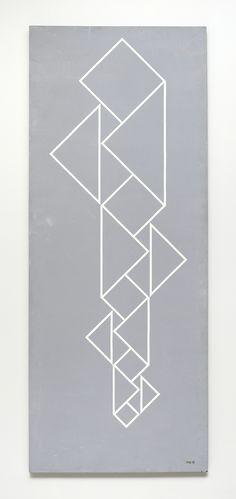 Anterior9 de 35Seguinte Estrutura Determinada e Determinante 1958 | Waldemar Cordeiro esmalte sobre compensado, c.i.d. 150.00 x 80.00 cm