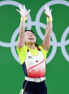女子重量挙げ 48 kg級の三宅宏実選手は腰痛に苦しみながらも見事銅メダルを獲得!2016 リオデジャネイロオリンピック・リオ五輪