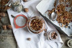 7 Breakfast & Eating Tips for Vegetarians with PCOS + Gluten-free Quinoa Granola