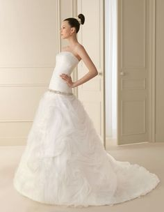 138 INGO | Wedding Dresses | 2012 Collection | Luna Novias