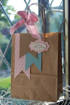 DIY Decorated Gift bags ~ Cute way to reuse shopping bags.just cover the logo with more paper then add cute accents Paper Gift Bags, Paper Gifts, Diy Paper, Paper Bag Crafts, Pretty Packaging, Gift Packaging, Craft Gifts, Diy Gifts, Decorated Gift Bags