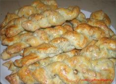 Nivové tyčinky Bread And Pastries, French Pastries, Biscuit Cookies, Russian Recipes, Pretzel Rolls, Brunch, Appetizers, Food And Drink, Cooking Recipes