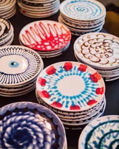 Merci Paris, Paola Navone, Visual Merchandising, Ceramic Pottery, Table Settings, Tableware, Crafts, Instagram, Window Shopping