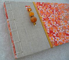 Japanese stab binding by Alejandra Alcantara Binding Covers, Book Binding, Handmade Journals, Handmade Books, Journal Paper, Book Journal, Origami Paper Art, Paper Crafts, Bookbinding Tutorial