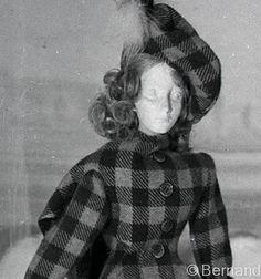 Theatre de la Mode Paris 1945