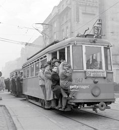 Budapest Workers Clinging on to Tram 1955 Old Pictures, Old Photos, Hungary Travel, Budapest Hungary, Eastern Europe, Public Transport, World War Two, Vintage Photography, Historical Photos