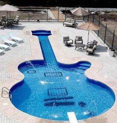 Te gusta el rock? Guitar Swimming Pond,