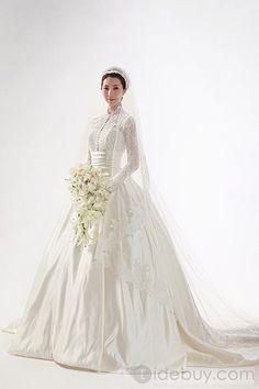 A-ラインハイネック長袖ロングフロアチャペルトレーンウェディングドレス