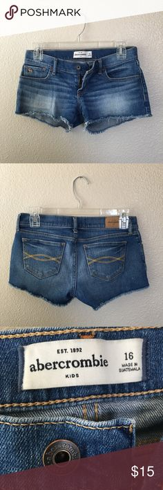 Abercrombie kids Jean Shorts This is from the kids store size 16 but it fits like a size 2 in women's! These shorts are super strong. And it is in perfect condition:) abercrombie kids Shorts Jean Shorts