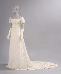 Dress: ca. 1800, American (possibly), sheer cotton plain weave with cotton embroidery in satin and cable stitches.