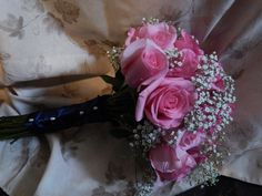 Wedding Florist for the budget savvy bride. Bride Bouquets, Pink Roses, Beautiful Flowers, Brides, Floral Wreath, Wreaths, Weddings, City, Wedding