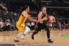 San Antonio Spurs Hire #BeckyHammon as Assistant Coach, History Made | Amazing news for the ladies! #SELFmagazine