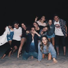 Squad goals discovered by raquel on We Heart It Squad Pictures, Bff Pictures, Squad Photos, Friendship Pictures, Funny Friendship, Friendship Quotes, Friend Group Pictures, Friend Photos, Cute Friends