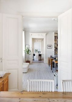 Oh, my goodness, the white-washed floors are so beautiful! White Interior, Home, White Washed Floors, Sweet Home, Home And Living, Home Furniture, White Rooms, Living Spaces, White Interior Design
