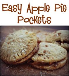 Easy Apple Pie Pockets Recipe! {YUM!} #apples #pies #recipes