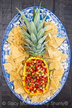 Better-than-Incredible Strawberry Pineapple Salsa - California Unpublished Appetizers For Party, Appetizer Recipes, Bbq Food Ideas Party, Party Snacks, Healthy Snacks, Healthy Recipes, Healthy Nutrition, Nutrition Tips, Party Food Platters