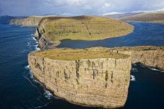 © Morten Abrahamsen / Visit Faroe Islands - Vagoy - Iles Féroé Visit Faroe Islands, Kingdom Of Denmark, Excursion, Archipelago, Norway, Ocean, Land Forms, Travel, Outdoor