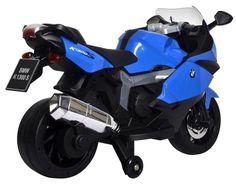 riproduzione per bambini della vera sportiva MOTO BMW K1300s  .La mini moto, dal design realistico, sarà ideale per piccoli piloti che potranno sentirsi dei grandi campioni! L'acceleratore a pedale permette di raggiungere una velocità massima di 6 km/h.; la fermata è automatica nel momento in cui il bimbo toglie il piede dal pedale di marcia.